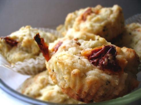muffinki-z-feta-i-suszone-pomidory3