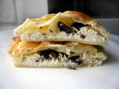 rozki-z-ciasta-francuskiego-z-serem-feta3