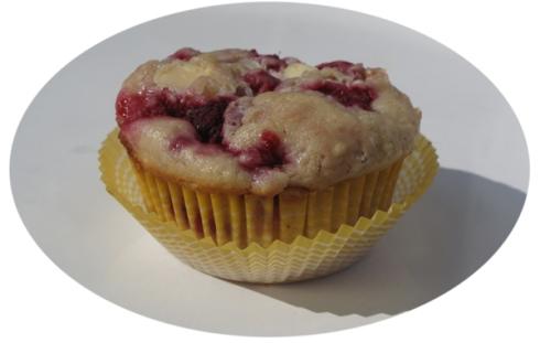 muffinki-z-biala-czekolada-i-maliny031